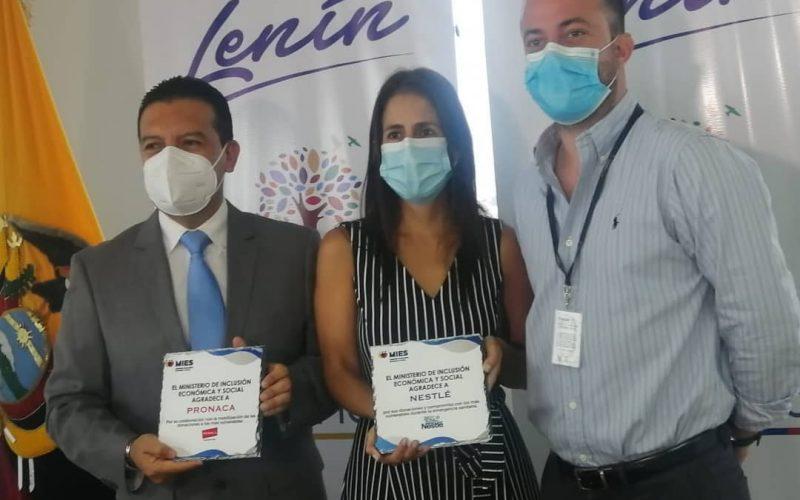 MIES entregó reconocimientos a las empresas Nestlé y PRONACA