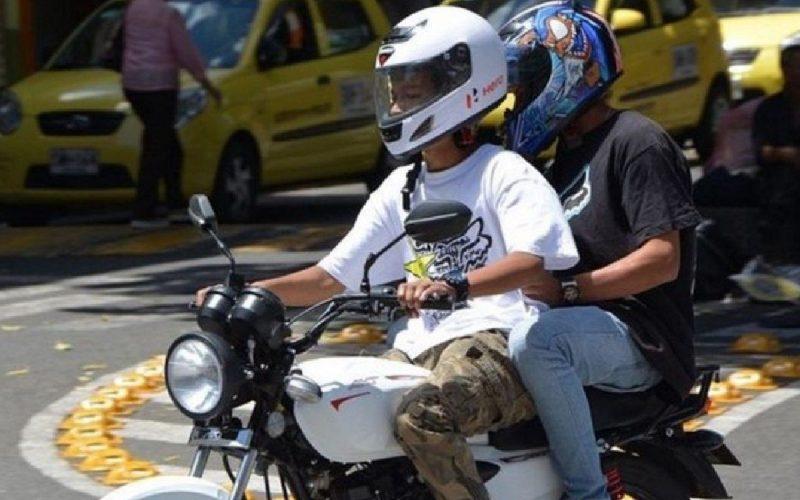 En Guayaquil se reactivará prohibición de circulación de dos personas en moto de 19:00 a 06:00.
