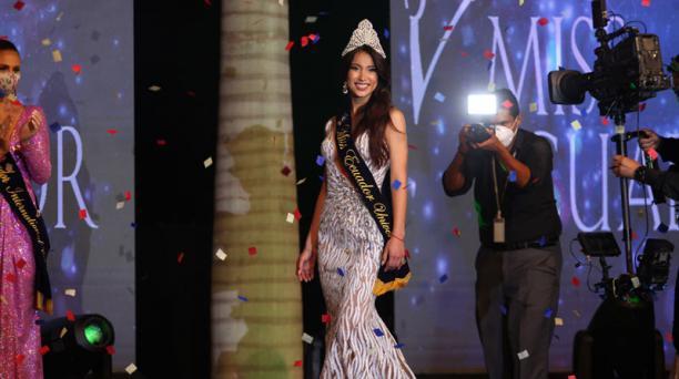 La corona de Miss Ecuador 2020 se la llevo la Quevedeña Leyla Espinoza
