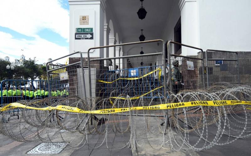 Palacio de Carondelet se blinda ante anuncio de protestas en Quito
