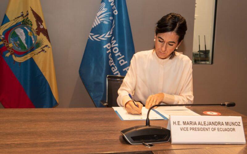 La vicepresidenta María Alejandra Muñoz, y el programa Mundial de Alimentos firman carta de compromiso de cooperación en la lucha contra el hambre