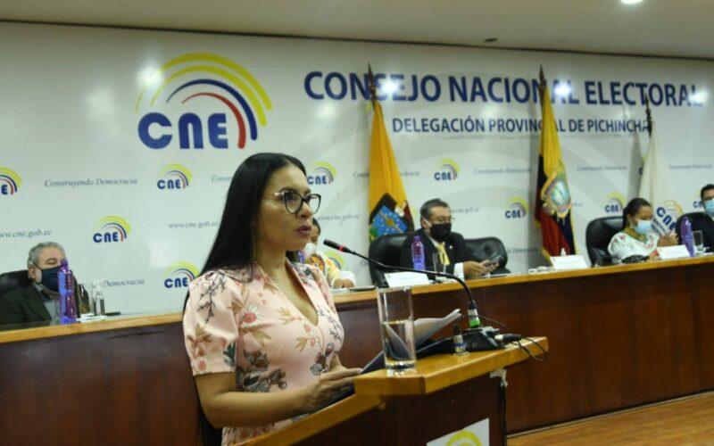 El Consejo Nacional Electoral y la Organización de los Estados Americanos ejecutan curso para candidatas en el Ecuador