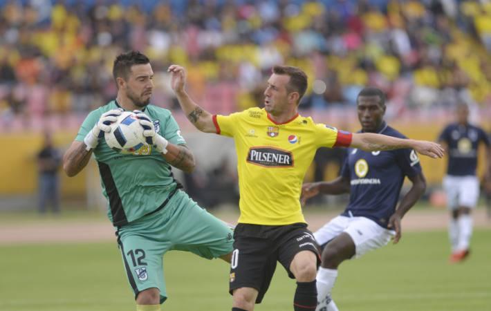 """Hernán Galíndez: """"Podemos ganar o perder ante Barcelona SC, pero jamás traicionarnos en U. Católica"""""""