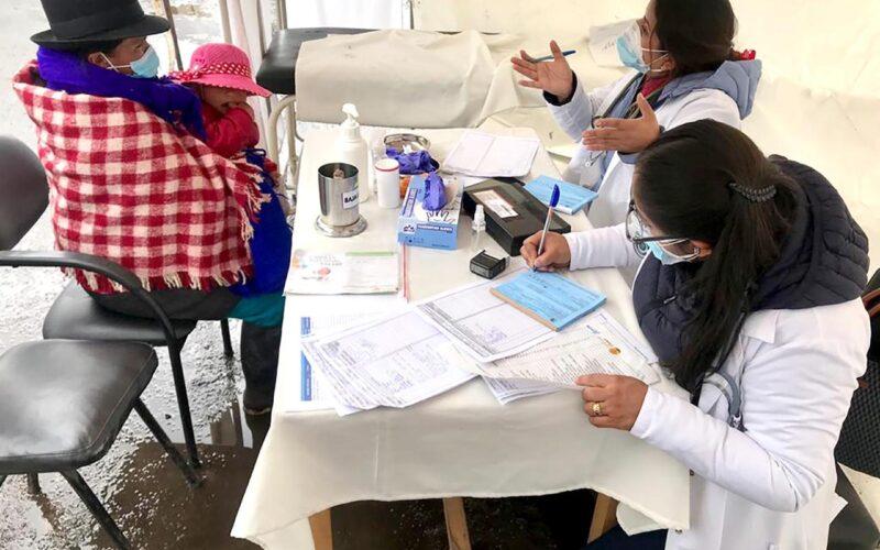 NIÑOS Y MADRES GESTANTES RECIBEN ATENCIÓN INTEGRAL DE SALUD EN GUAMOTE