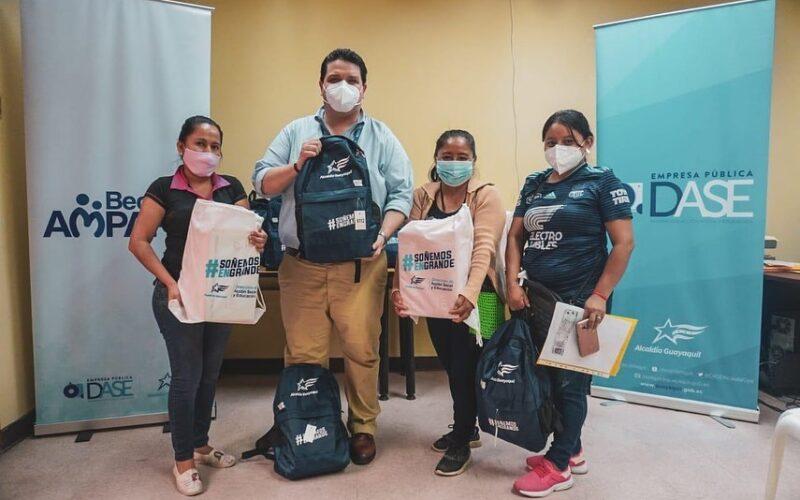 DASE benefició a niños, niñas y jóvenes guayaquileños con las Becas de Ámparo