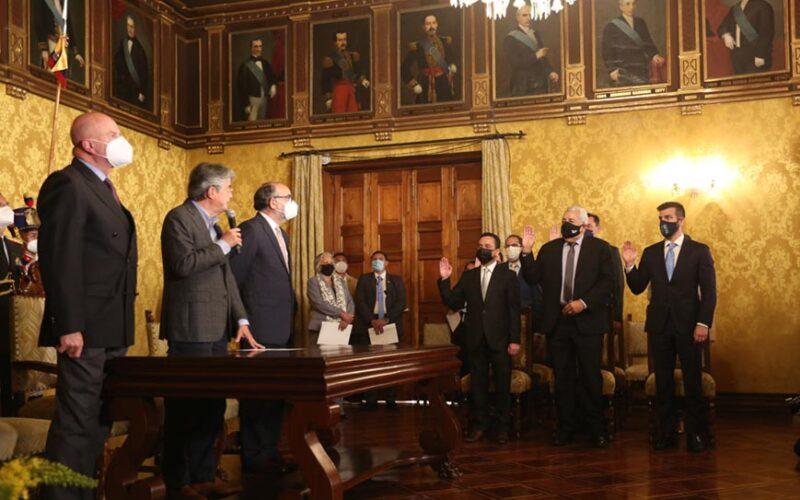 TRAS SALIDA DE TANLLY VERA DEL MINISTERIO DE AGRICULTURA. PEDRO ALAVA ASUME EL CARGO.